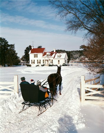 1960s PEOPLE RIDING IN HORSE DRAWN SLEIGH OVER SNOW BOY GIRL MAN SON DAUGHTER FATHER OUTDOOR Stock Photo - Rights-Managed, Code: 846-05647570