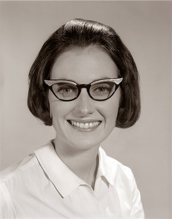 1960s SMILING PORTRAIT WOMAN WEARING HORN-RIMMED GLASSES LOOKING AT CAMERA Stock Photo - Rights-Managed, Code: 846-06112230