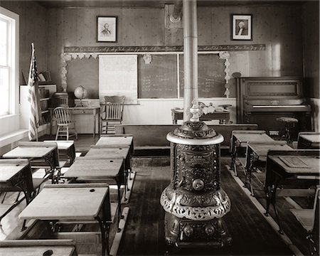 stove - 1900s OLD TIME  PIONEER CLASSROOM WITH PIANO & WOOD-BURNING STOVE Stock Photo - Rights-Managed, Code: 846-06112256