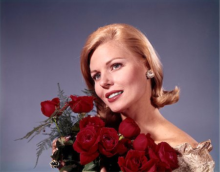 dozen roses - 1960s ELEGANT BLOND WOMAN HOLDING BOUQUET DOZEN RED ROSES Stock Photo - Rights-Managed, Code: 846-08140054