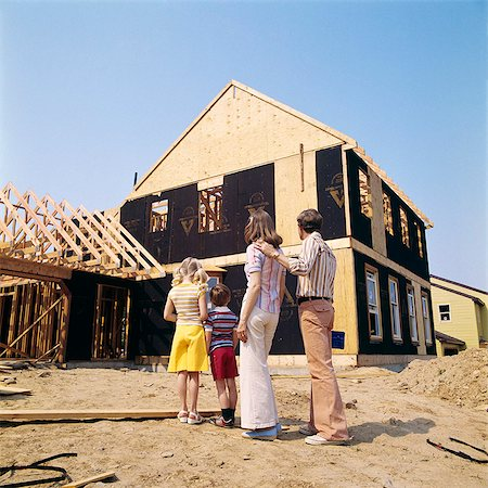 1970s FAMILY OF FOUR MAN WOMAN BOY GIRL LOOKING AT NEW HOME UNDER CONSTRUCTION Stock Photo - Rights-Managed, Code: 846-08140066