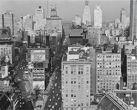 1950s NEW YORK CITY TIMES SQUARE LOOKING NORTH FROM ROOF OF HOTEL CLARIDGE NYC NY USA Stock Photo - Rights-Managed, Code: 846-08512738