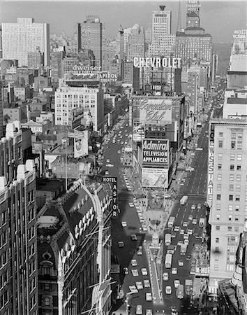 1950s ELEVATED VIEW NEW YORK CITY TIMES SQUARE TRAFFIC LOOKING NORTH TO DUFFY SQUARE NYC NY USA Stock Photo - Rights-Managed, Code: 846-08512739
