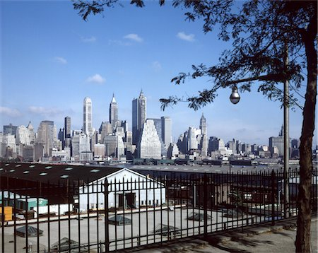 1960s NEW YORK CITY SKYLINE LOWER MANHATTAN FROM BROOKLYN HEIGHTS DOWNTOWN Stock Photo - Rights-Managed, Code: 846-02795028