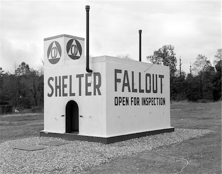 1950s CIVIL DEFENSE FALLOUT SHELTER Stock Photo - Rights-Managed, Code: 846-02795408