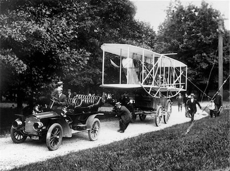 1908 WRIGHT BROTHERS HAULING PLANE WITH CAR TO FORT MYERS Stock Photo - Rights-Managed, Code: 846-02795851