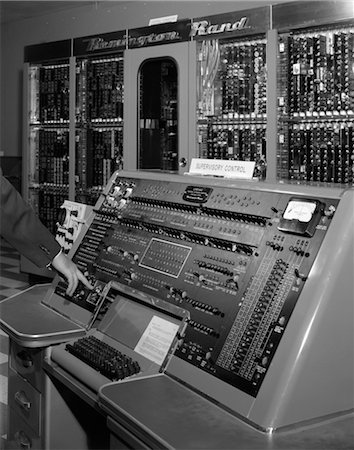 1950s HAND ON CONTROL PANEL OF REMINGTON RAND UNIVAC COMPUTER Stock Photo - Rights-Managed, Code: 846-02796058