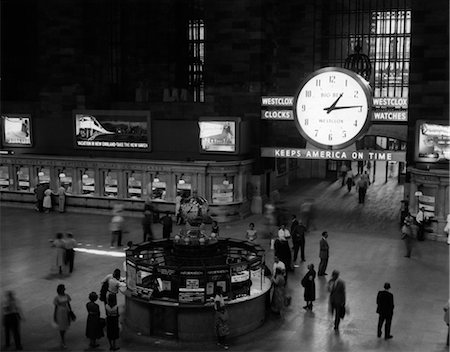 1959 1950s GRAND CENTRAL RAILROAD PASSENGER STATION MAIN HALL INFORMATION BOOTH AND TRAIN TICKET WINDOWS Stock Photo - Rights-Managed, Code: 846-02796418