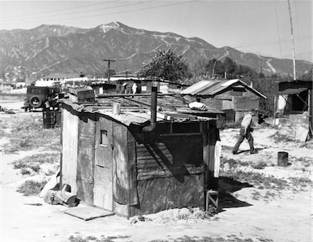 1930s SHANTY TOWN TRAILER PARK DEPRESSION RETRO VILLAGE LOS ANGELES Stock Photo - Rights-Managed, Code: 846-02796475