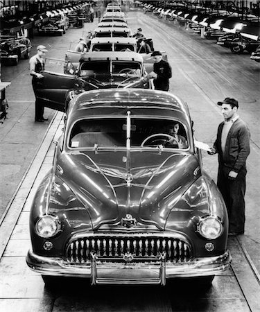 1950s BUICK AUTOMOBILE ASSEMBLY LINE DETROIT MICHIGAN HEAD-ON VIEW Stock Photo - Rights-Managed, Code: 846-02796476