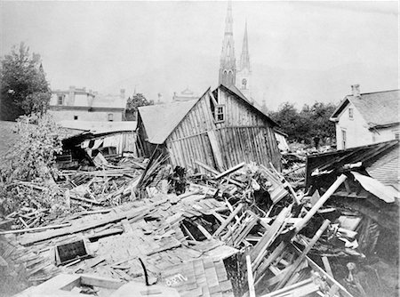 flooded homes - MAY 31 1889 PHOTO RUINS WOODED BUILDINGS HOUSES DEBRIS FROM JOHNSTOWN FLOOD PENNSYLVANIA FLOODS DISASTER TRAGEDY DEVASTATION Stock Photo - Rights-Managed, Code: 846-02796509