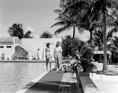 south - SWIMMING POOL NAUTILUS HOTEL MIAMI BEACH PALM TREES BATHING SUIT 1940s Stock Photo - Rights-Managed, Code: 846-02796555
