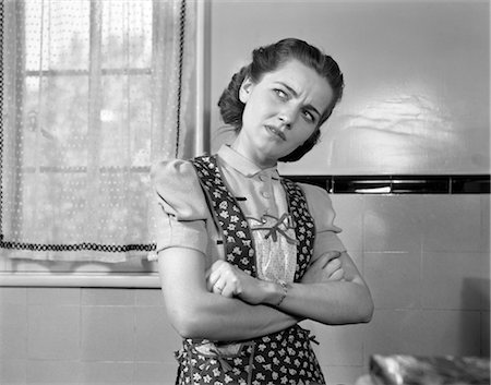 1940s DISGRUNTLED HOUSEWIFE Stock Photo - Rights-Managed, Code: 846-02796821