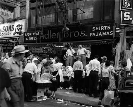 1950s SIDEWALK MERCHANTS ON NEW YORK'S LOWER EAST SIDE Stock Photo - Rights-Managed, Code: 846-02797014