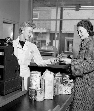 1950s WOMAN GROCERY STORE CHECKOUT FEMALE CASHIER Stock Photo - Rights-Managed, Code: 846-02797385