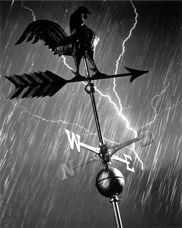 storm lightning - ROOSTER WEATHERVANE IN RAIN AND LIGHTNING STORM Stock Photo - Rights-Managed, Code: 846-02792505