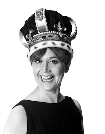 1970s SMILING PORTRAIT WOMAN WEARING QUEEN'S CROWN Stock Photo - Rights-Managed, Code: 846-02793120