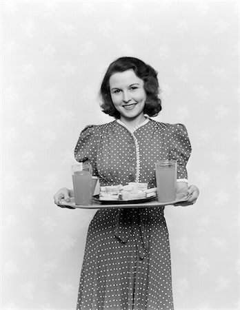1950s WOMAN DRINKS SANDWICHES SNACKS SMILING RETRO Stock Photo - Rights-Managed, Code: 846-02793307