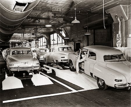 1950s STUDEBAKER PRODUCTION LINE Stock Photo - Rights-Managed, Code: 846-02793389