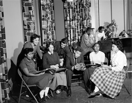 1950s GROUP DIVERSE MIXED ETHNIC TEENS SOCIALIZING COLLEGE FELLOWSHIP HOUSE Stock Photo - Rights-Managed, Code: 846-02793748