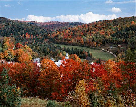 EAST TOPSHAM, VERMONT SCENIC VIEW OF COUNTRY TOWN IN AUTUMN Stock Photo - Rights-Managed, Code: 846-03164883