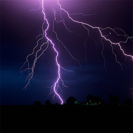 storm lightning - LIGHTNING STORM OVER FARM GARDNER, KANSAS Stock Photo - Rights-Managed, Code: 846-03164891