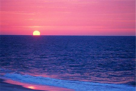 FIRE ISLAND, NY SUNRISE OVER ATLANTIC OCEAN Stock Photo - Rights-Managed, Code: 846-03164957