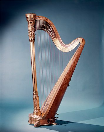 GOLDEN FREE STANDING MUSICAL HARP Stock Photo - Rights-Managed, Code: 846-03165051