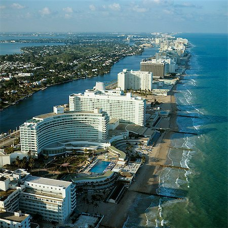 south - 1970s AERIAL VIEW HOTEL ROW MIAMI BEACH FLORIDA Stock Photo - Rights-Managed, Code: 846-03165570