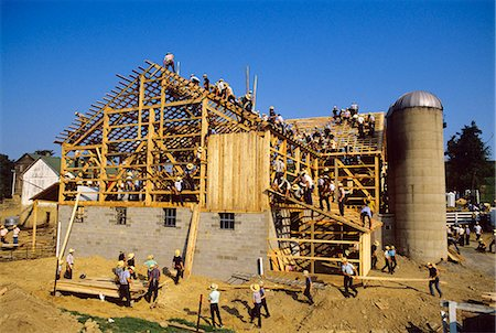BUILDING A BARN AMISH COUNTRY PENNSYLVANIA Stock Photo - Rights-Managed, Code: 846-03165692