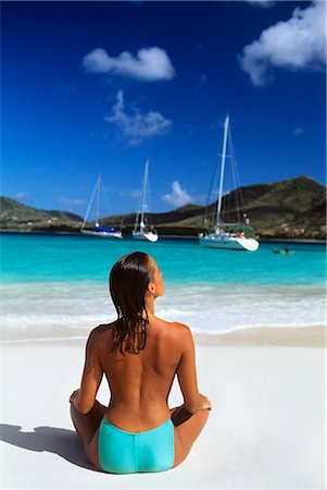 1990s TOPLESS WOMAN FROM BACK BEACH CARRIACOU WEST INDIES Stock Photo - Rights-Managed, Code: 846-03165734