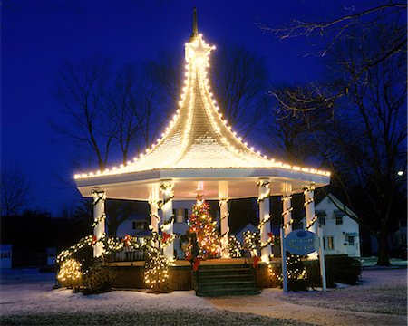 CHRISTMAS TREE IN A GAZEBO DECORATED WITH CHRISTMAS LIGHTS OXFORD MA Stock Photo - Rights-Managed, Code: 846-03166207