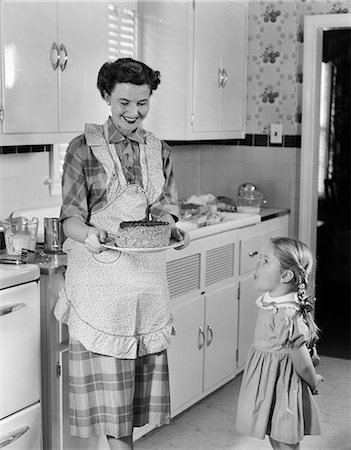 1950s MOTHER DAUGHTER KITCHEN Stock Photo - Rights-Managed, Code: 846-03163380