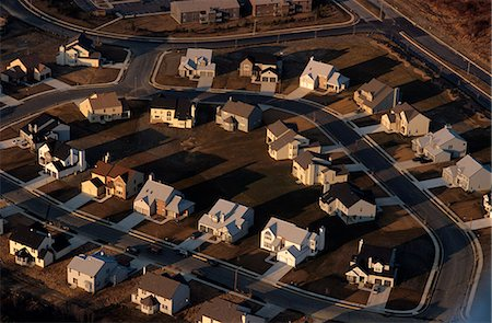 AERIAL OF RECENTLY COMPLETED HOUSING DEVELOPMENT Stock Photo - Rights-Managed, Code: 846-03163788