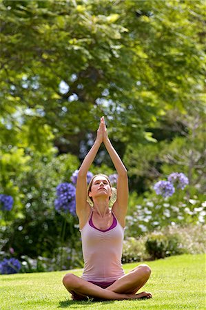fitness   mature woman - Beautiful mature woman performing yoga outside Stock Photo - Rights-Managed, Code: 847-05606925