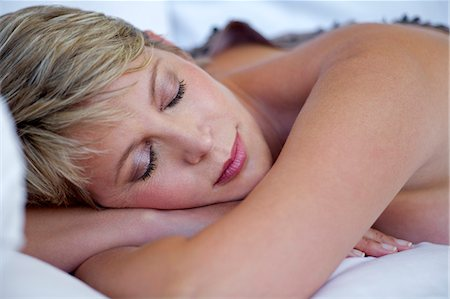 Mature woman asleep Stock Photo - Rights-Managed, Code: 847-05606996