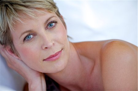 Close up beauty shot of mature woman Stock Photo - Rights-Managed, Code: 847-05606990