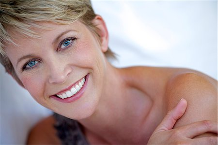 Close up beauty shot of mature woman Stock Photo - Rights-Managed, Code: 847-05606991
