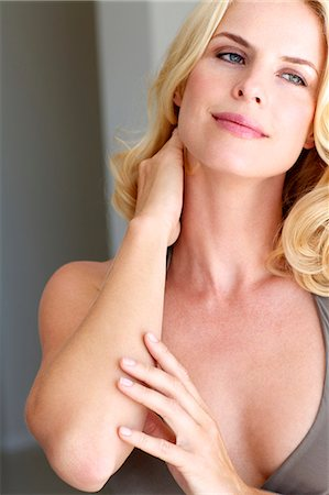 Portrait of a beautiful blonde woman Stock Photo - Rights-Managed, Code: 847-05818354