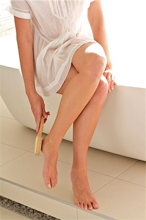 Close-up of beautiful woman pampering her feet in the bathroom Stock Photo - Rights-Managed, Code: 847-05818404