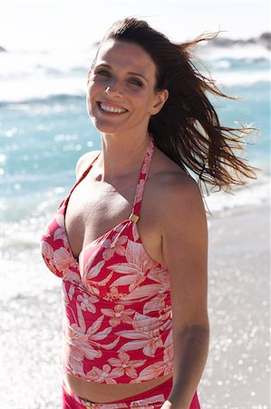 seniors woman in swimsuit - Beautiful mature lady walking on the beach Stock Photo - Rights-Managed, Code: 847-02786400