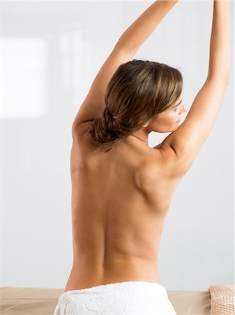 Naked back of beautiful woman Stock Photo - Rights-Managed, Code: 847-02782208