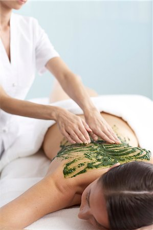 Woman having a seaweed massage Stock Photo - Rights-Managed, Code: 847-02782387