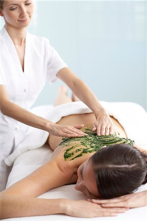 Woman having a seaweed massage Stock Photo - Rights-Managed, Code: 847-02782388