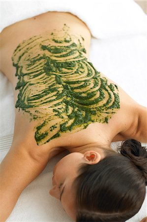 Woman resting with seaweed treatment on back Stock Photo - Rights-Managed, Code: 847-02782394