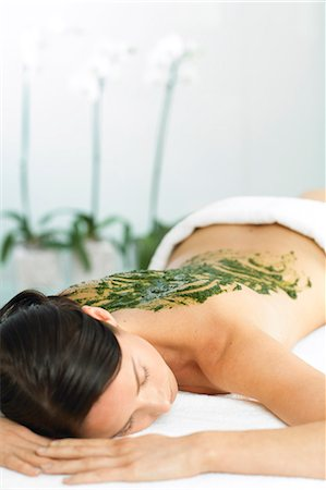 Woman resting with seaweed treatment on back Stock Photo - Rights-Managed, Code: 847-02782399