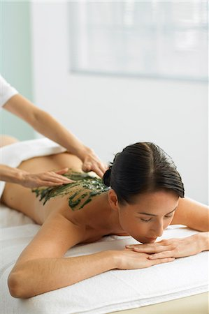 Woman having a seaweed massage Stock Photo - Rights-Managed, Code: 847-02782391