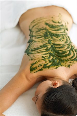 Woman resting with seaweed treatment on back Stock Photo - Rights-Managed, Code: 847-02782393