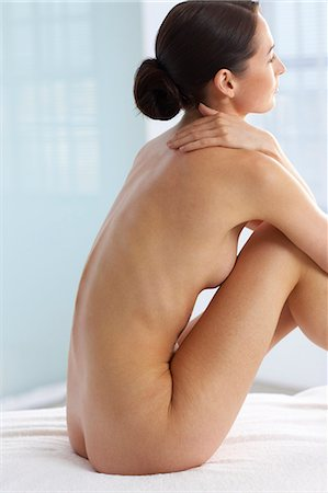 Back of beautiful naked woman Stock Photo - Rights-Managed, Code: 847-02782418