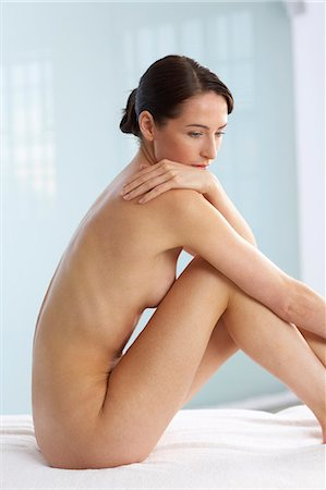 Back of beautiful naked woman Stock Photo - Rights-Managed, Code: 847-02782420